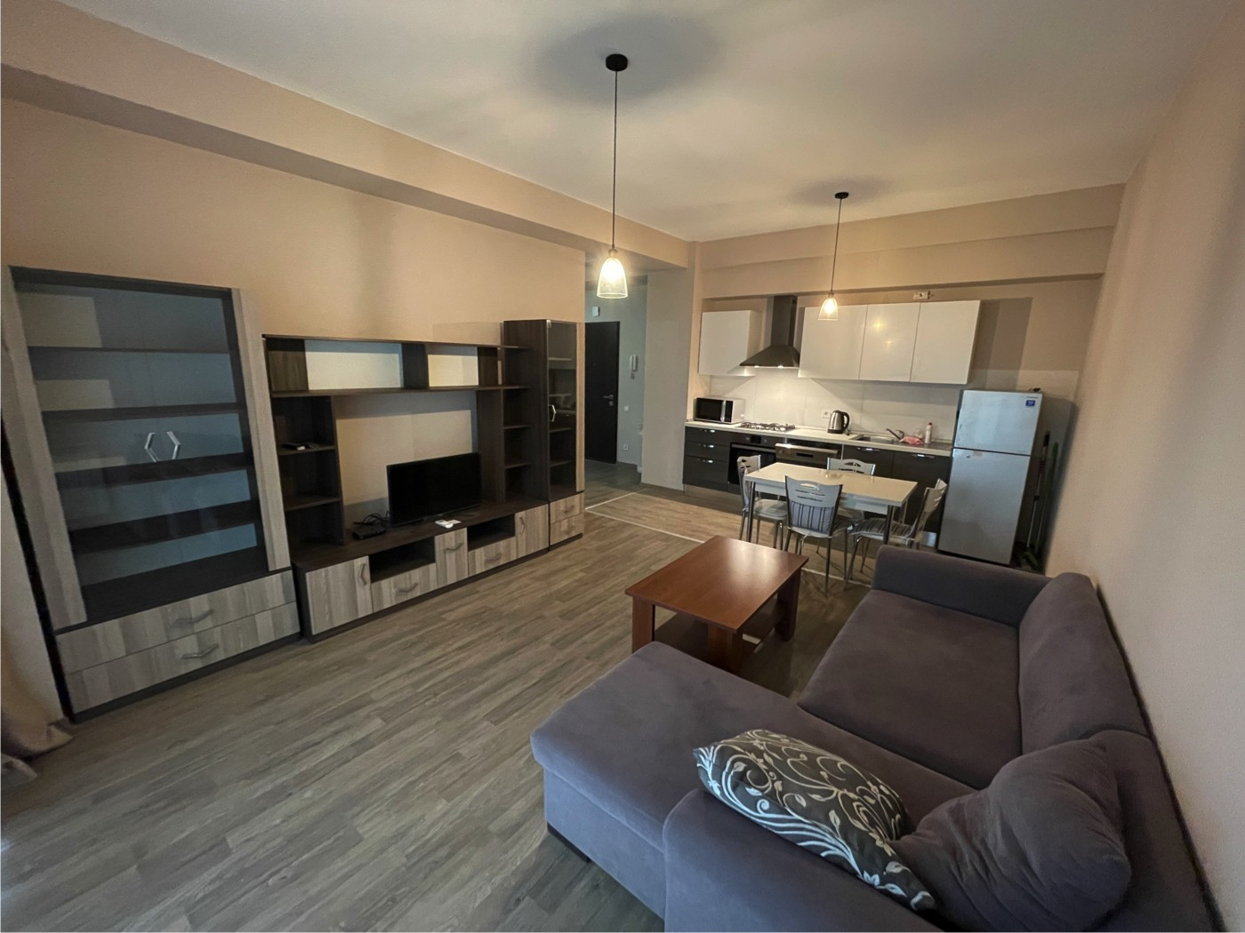 "3-Room Apartment For Rent at ""m2 on Tamarashvili"""