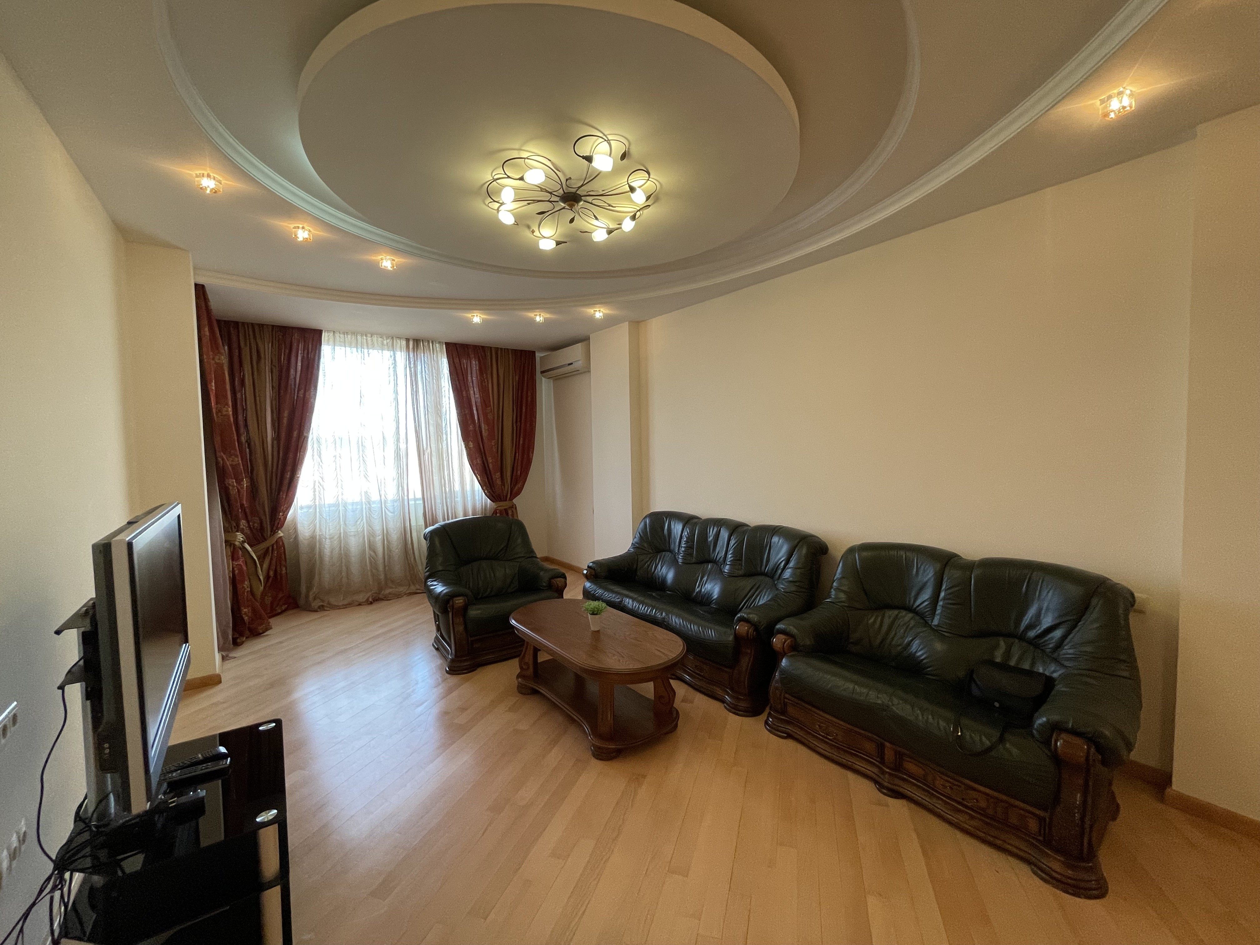 Large 4-Room Apartment For Rent in Vake