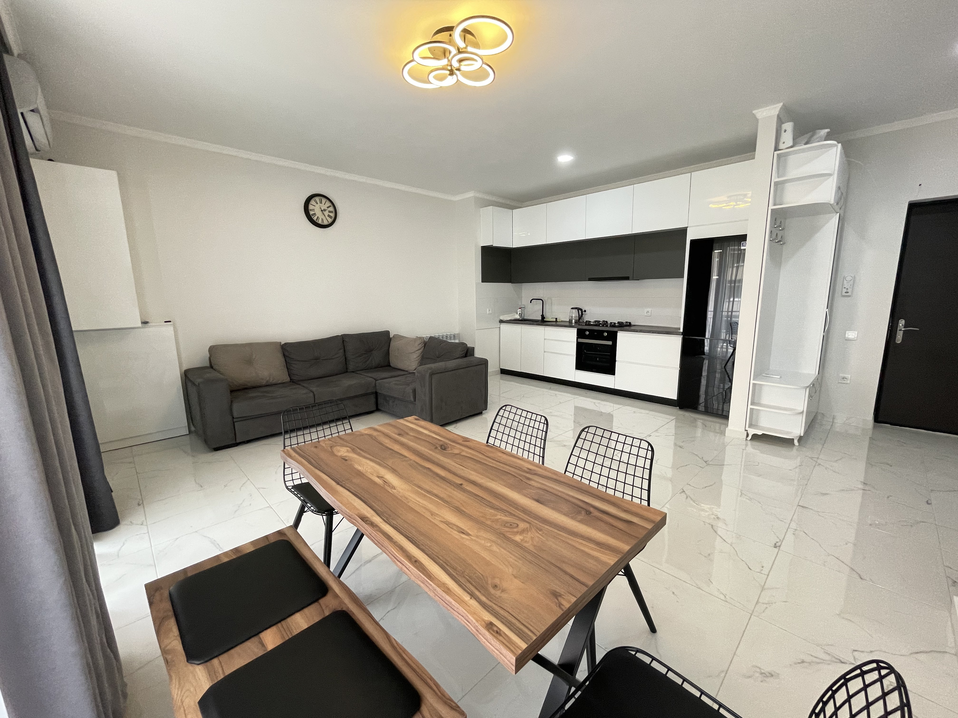 """Large 2-Room Apartment For Rent At """"Jikia House"""" Residential Complex"""
