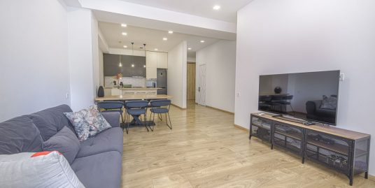 """4-Room Apartment For Rent in """"Greenhill Residence"""""""